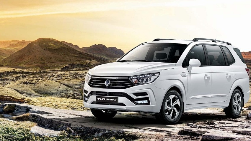 New SsangYong Turismo SE 2WD